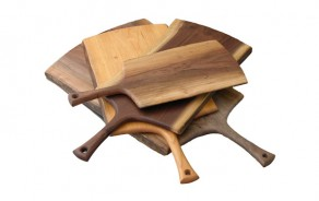 Handled Wood Cutting Boards