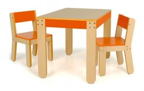 Little Ones Table & Chairs